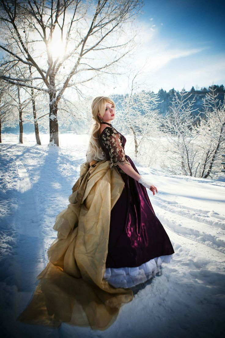 Gwendolyn Princess of Winter  Photo by Tinophoto (Tony Chan)
