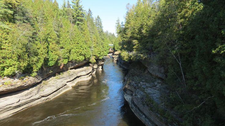 QC - Saint-Alban - 1 de 2 - Secteur des gorges de la rivière Ste-Anne