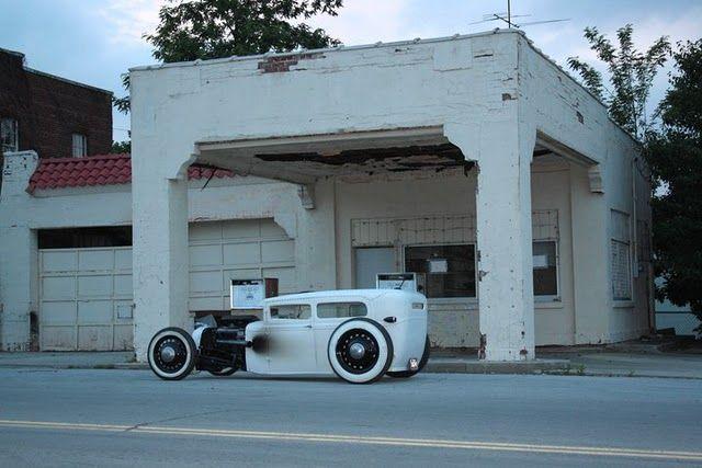 Rat + garage.