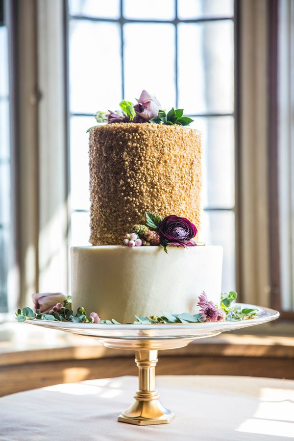 gold wedding cake - photo by Krista Esterling Photography http://ruffledblog.com/modern-meets-1920s-wedding-editorial