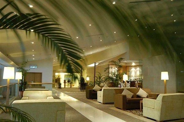 Satellite Golden Lounge | Airport lounge | Contract furniture #airportlounge #contractfurniture Read more at: www.brabbu.com