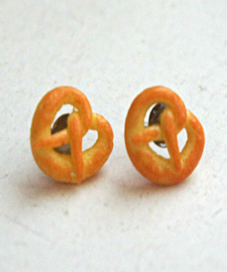 pretzel stud earrings - Jillicious charms and accessories - 5