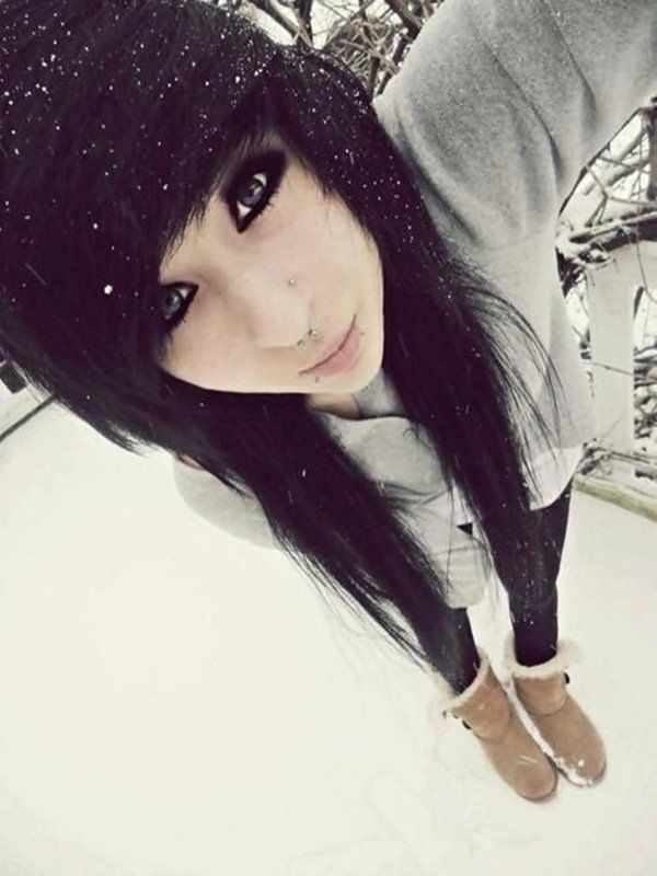 Emo girls with black hair tumblr