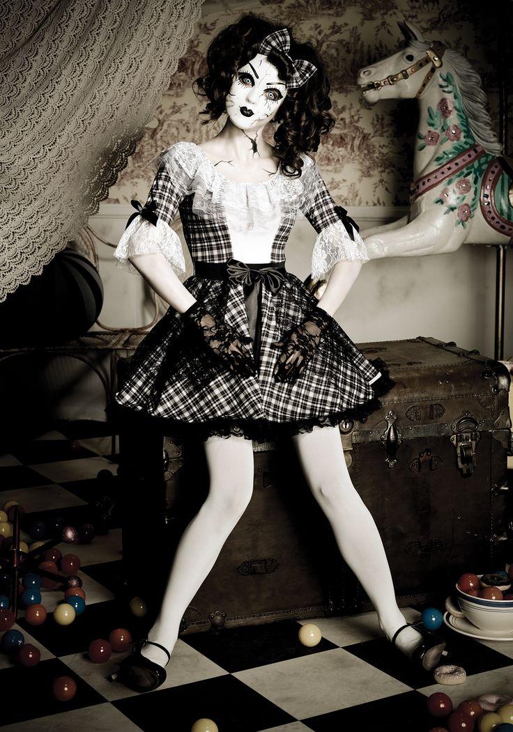 The 25+ best Doll halloween costumes ideas on Pinterest   Creepy ...