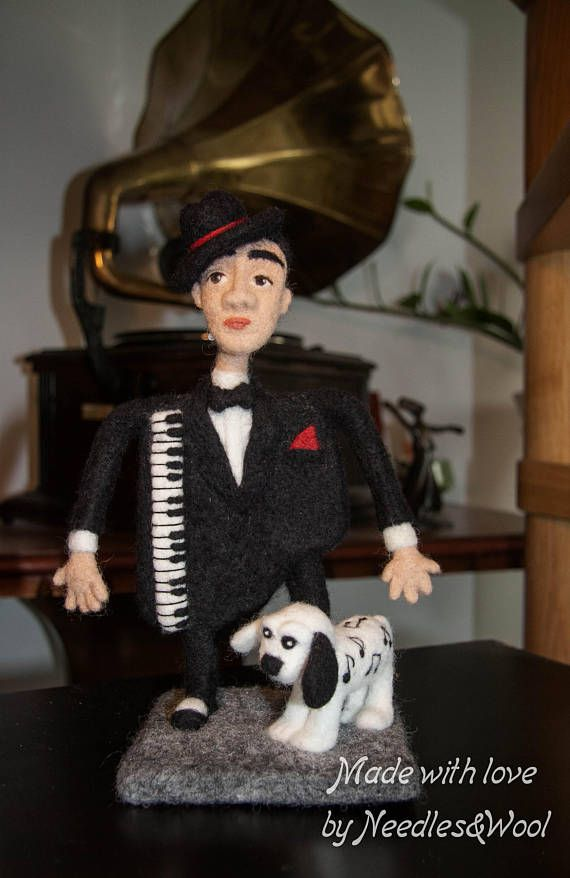 """SOFT SCULPTURE, INTERIOR art doll """"The Piano Man"""". Exclusive gift for a musician. Home Decor. Bar, cafe or club decor. 100% organic wool."""