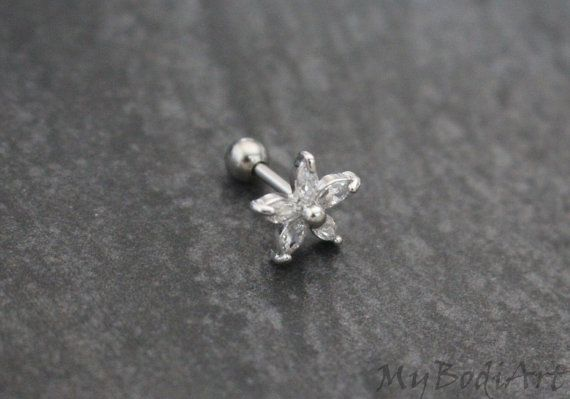 Tragus Flower, Silver Tragus Jewelry, Cartilage Earring, Cartilage Stud, Helix Earring, Helix Piercing, Rook Jewelry, Conch Piercing Jewlery