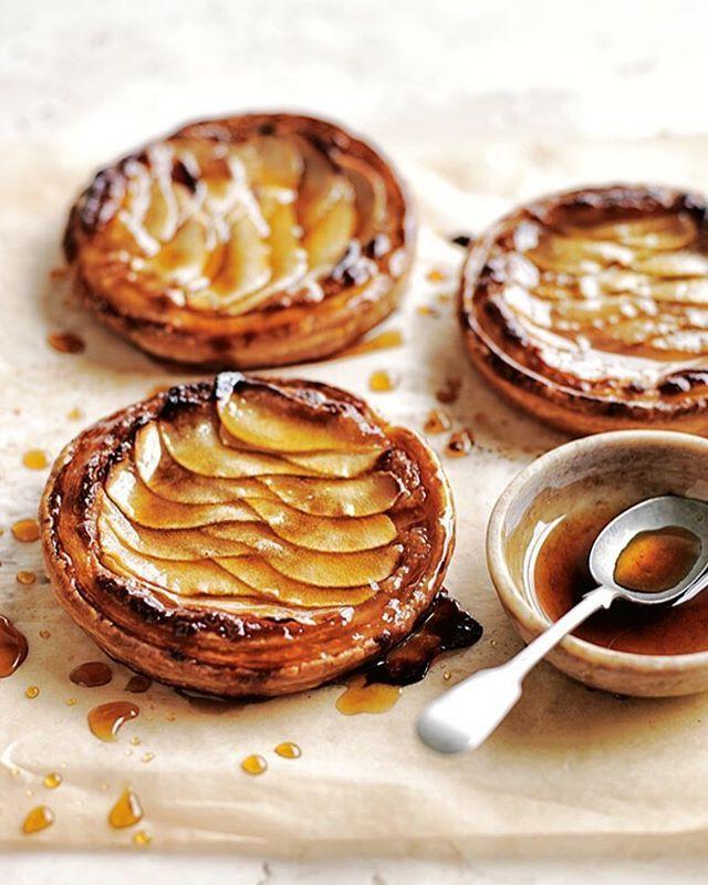 almond and pear frangipane tarts with maple glaze, donnahay.com.