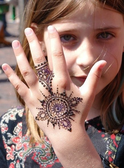 Simple Henna Designs For Kids Feet images