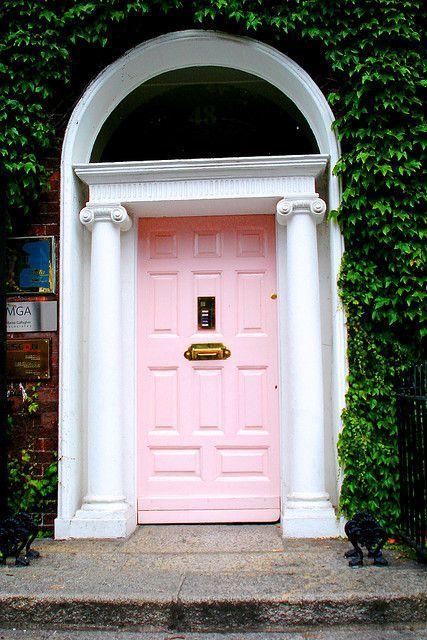 181 best cottage doors images on pinterest facades for Cottage back door