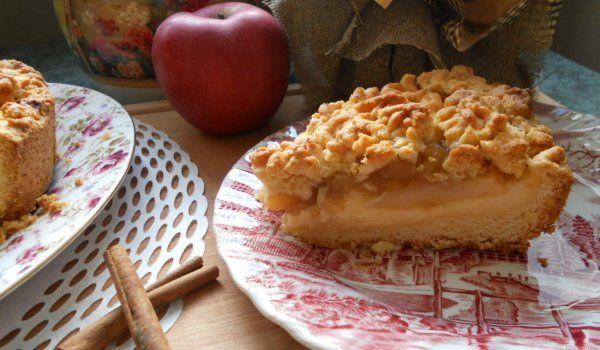Колкото по-подробна е рецептата, толкова по-вкусен е сладкишът, не го ли знаехте? - Маслен сладкиш с крем, ябълки и канела - изпитана рецепта. Как да приготвим ...