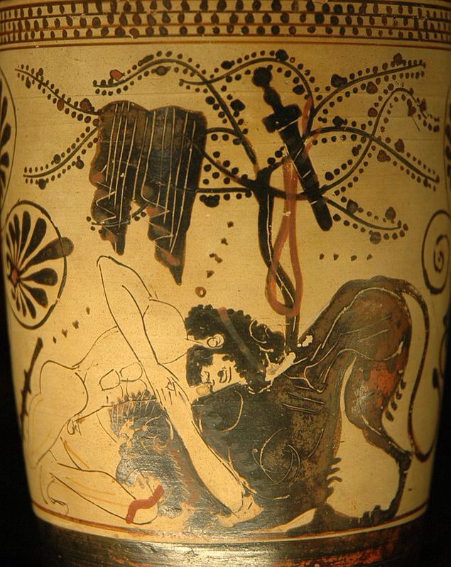 Heracles fighting the Nemean lion, lekythos penthouse on white background, the painter of Diosfo, about 500-475 BC Paris, Musée du Louvre.