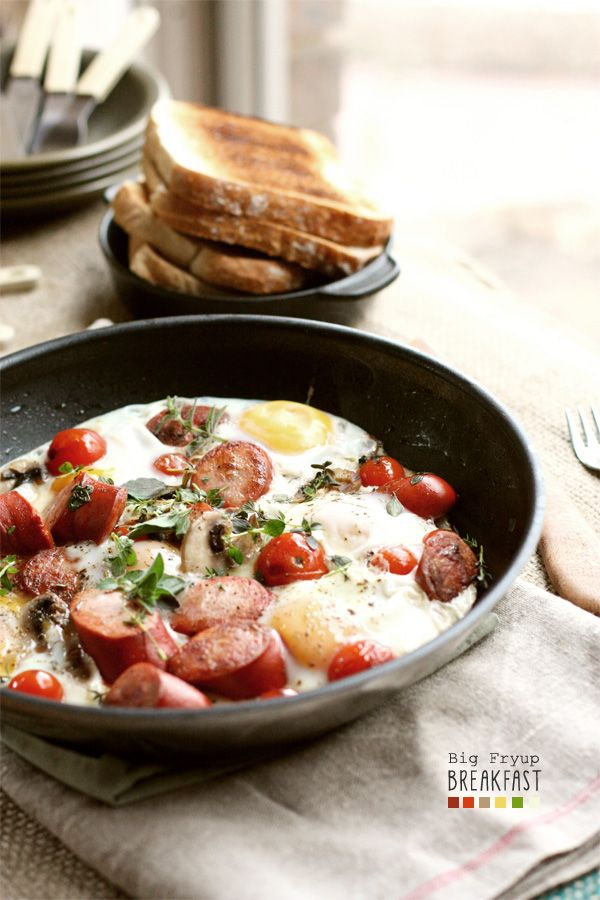 One Pan Big Fry Up Breakfast perfect for sharing with the family!