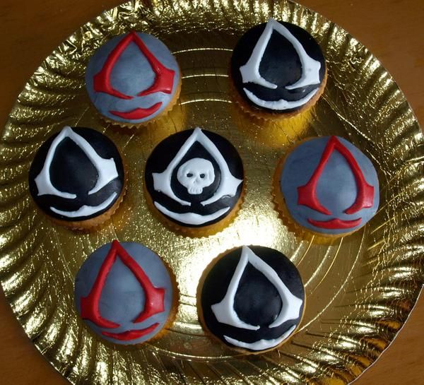 assassin's creed cupcakes - Google Search