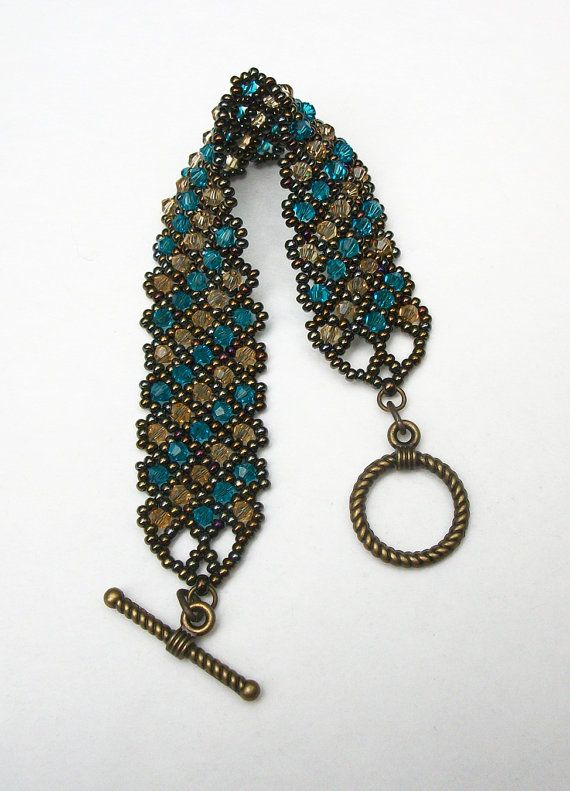 Beadwoven Bracelet, Beaded Bracelet, Seed Bead Bracelet, Beaded Jewelry, Crystal Bracelet in Topaz and Blue