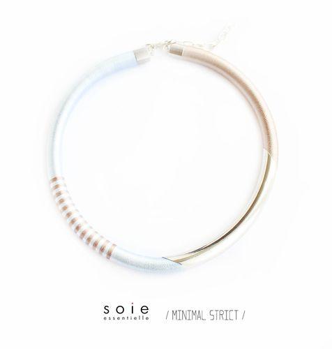 Soie essentielle jewellry #soiessentielle #minimalstrict #silk #yarn #necklace #blue #gold #beige