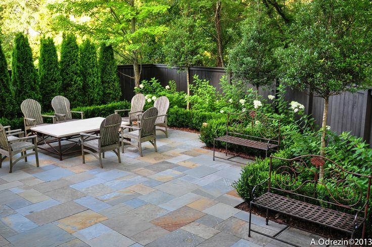 die 25 besten ideen zu thuja hecke auf pinterest thuja landschaftsbau thuja und. Black Bedroom Furniture Sets. Home Design Ideas