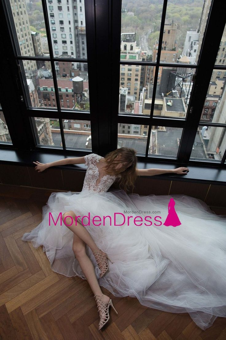 2017 Scoop A Line Wedding Dresses Tulle With Applique Chapel Train Open Back