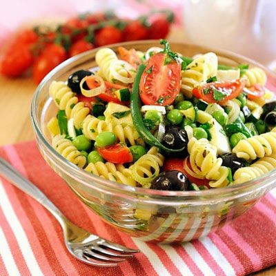 A zöldségszezon kellős közepén nem is lehetne jobb ebéded, mint egy kis tészta sok zöldséggel.