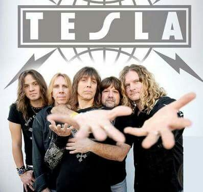 Feb 25th, 2005 Shinedown and Tesla headline a benefit concert in Providence for survivors of the February 2003 fire (caused by Great White's pyro show) at the Station nightclub. Also VANILLA FUDGE (featuring Pat Travers and Carmine Appice) took part. 🎧 http://www.hang10rockradio.com  🎧