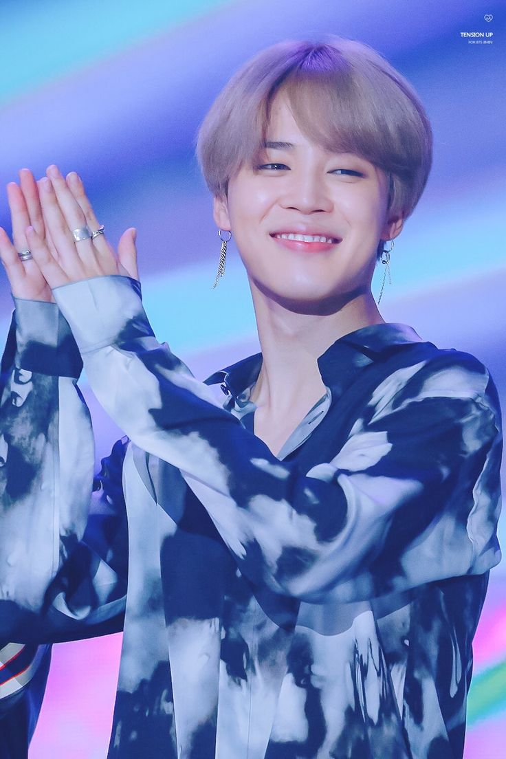 [⭐] Jimin ~ BTS AT MMA!!! BTS won the 'Top 10', 'Best Music Video', 'Hot Trend (Suga)', 'Global Artist' and 'Song Of The Year' awards at MMA 2017!!