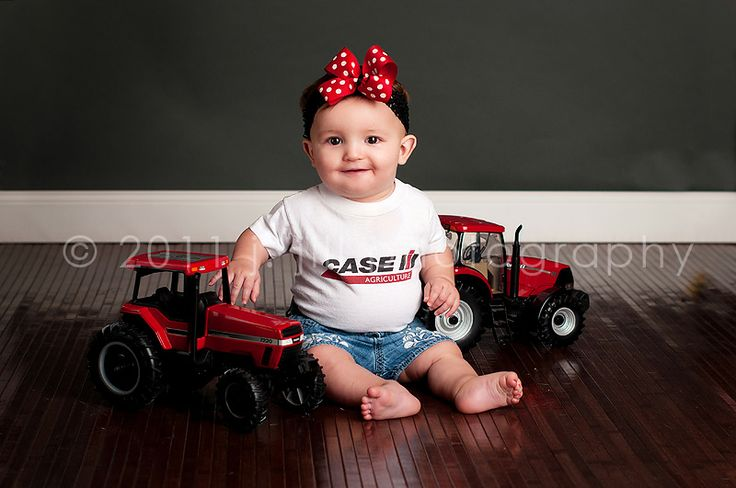case ih baby pictures...my family would go crazy over this! its a must do
