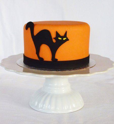 Gâteau d'Halloween : le chat noir