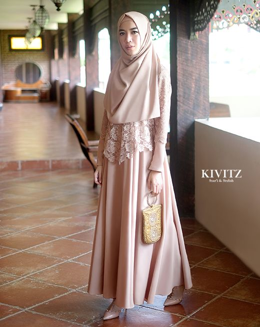Beautiful dress by Kivitz, stylish & syar'i