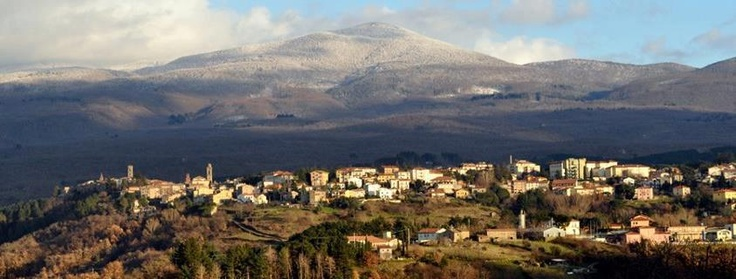 Case Rosse (Arcidosso - GR) panorama di Castel del Piano e del Monte Amiata.