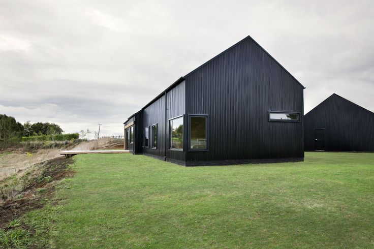 33-year-old Tane Cox of RED ARCHITECTURE wins three 2014 Waikato Regional ADNZ | Resene Architectural Design Awards, 20114. He also took the Supreme Award for his simple yet stunning Modern Barn Form.