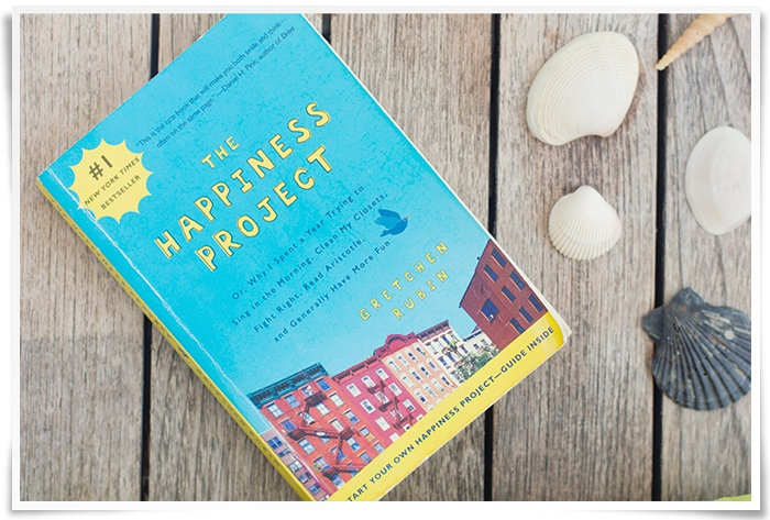 Tosi kiva kirja onnellisuudesta (ei sis. meditaatiota tai vihermehua) - Kaikki mitä rakastin   Lily