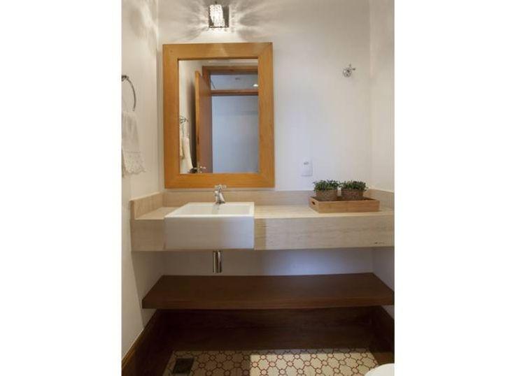 Residência Vale do Itamaracá: Banheiros Rústico por Cria Arquitetura