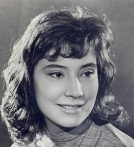 Russian actress Tatiana Samoilova (sometimes also transliterated as Tatyana Samojlova), star of Mikhail Kalatozov's films The Cranes Are Flying (1957) and Letter Never Sent (1959), and of Aleksandr Zarkhi's Anna Karenina (1967).
