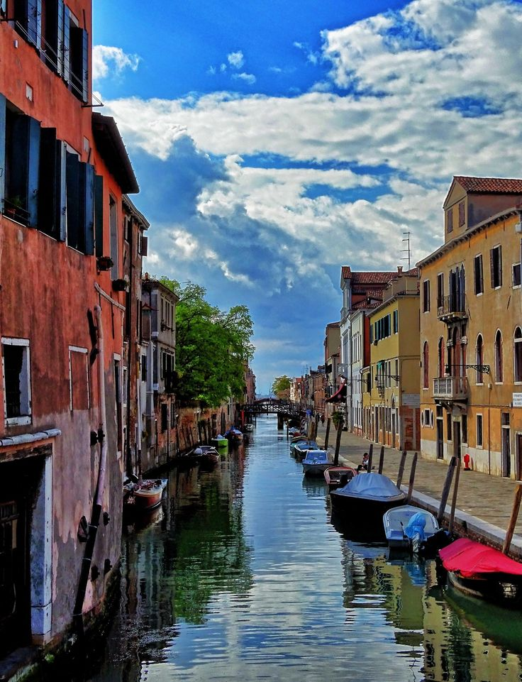 "nosealviewing: "" A Canal in Venice © 2017 by John A. Royston - Nosealviewing. All rights reserved. """