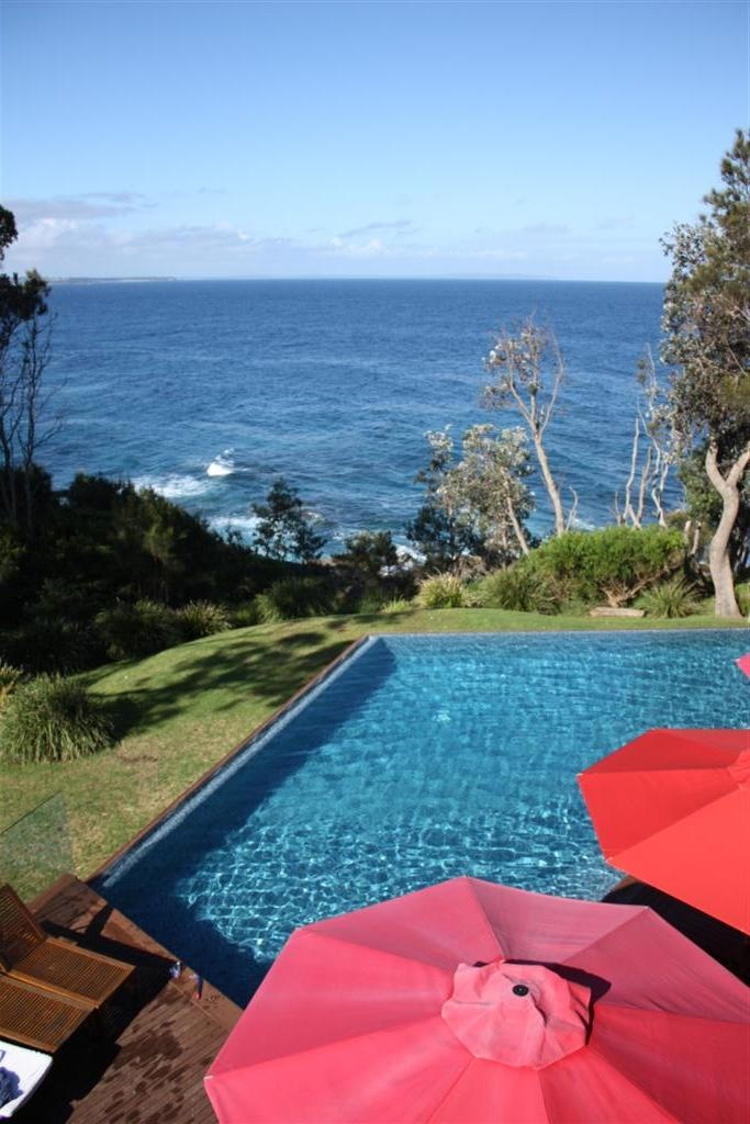 Bannisters Lodge, Mollymook. Flake out, drink, eat, sleep, repeat. The epitome of South Coast cool and relaxation.
