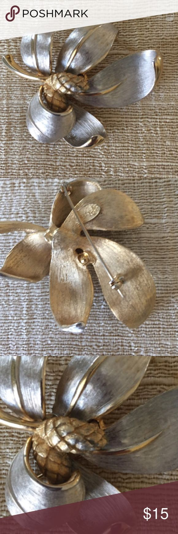 """Pastelli Vintage Leaf Brooch Brushed silver vintage leaf brooch Estate Brooch Signed Pastelli approximately 2.5"""" in length Brushed silver with gold tone accents From a Mississippi Estate Jewelry Brooches"""