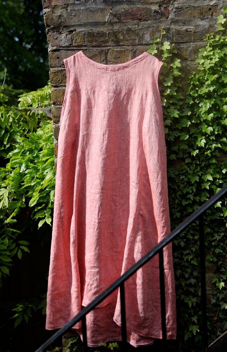 Free Tutorial - Strawberry Linen Summer Dress