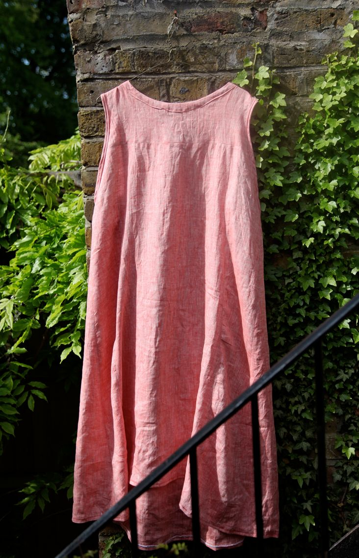 Free Tutorial - Strawberry Linen Summer Dress