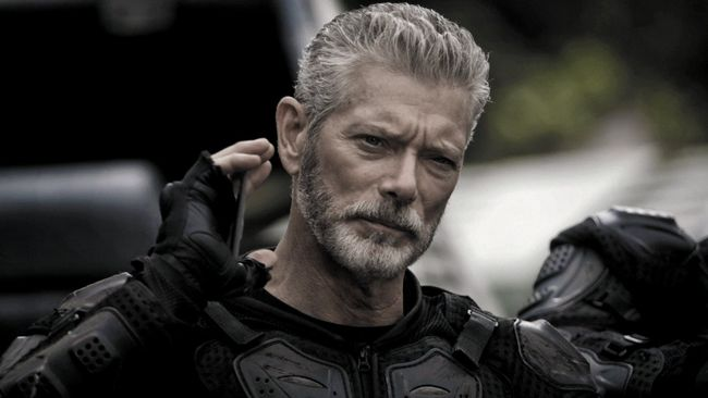 Stephen Lang Goes 'Into The Badlands'