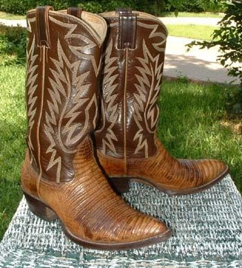 Cowboy boots will look great with straight legged jeans, dresses, skirts and casual pants. To choose the best quality of cowboy boots for you, visit our site to have endless styles of boots to suit every taste! www.cowboyboots-uk.co.uk/cowboy-boots-uk-useful-guide-for-cowboy-boots/