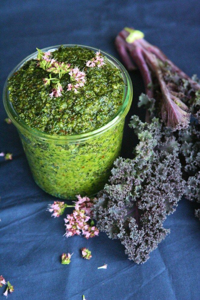 Kadeřávkové pesto / Homemade kale pesto