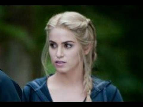Love Rosalie's braids...seems easy enough for me to try!