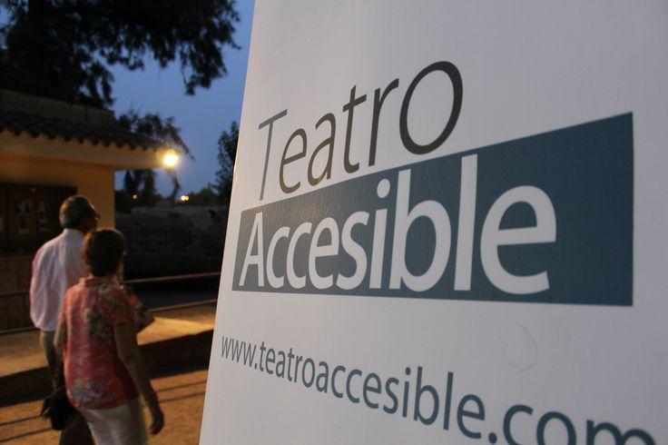 Detalle del stand de Teatro Accesible