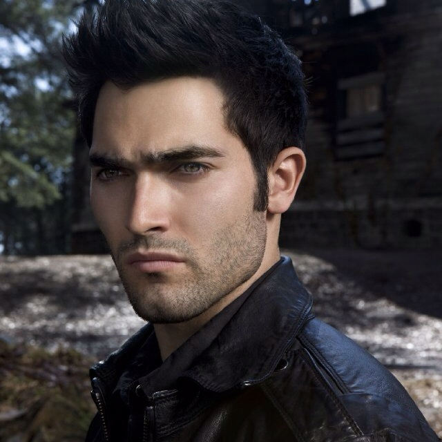 "Tyler Lee Hoechlin as Christian Grey?!?! age 24 Height: 6' 0""... Oooo yes!"