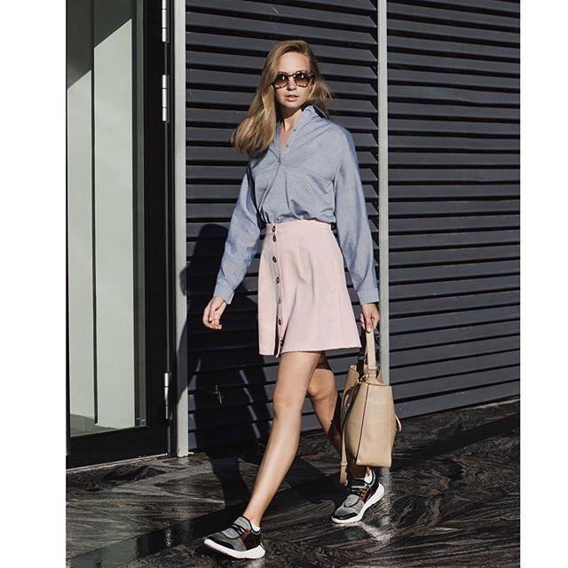 Total look by Jana Segetti/ Образ от Jana Segetti #janasegetti #fashion #russian #designer #pink #skirt #denim #look #style