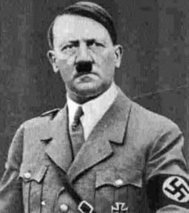 """Tüm zamanların en lanetli adamı """"Hitler"""" hakkında bilinmeyen gerçekler.."""