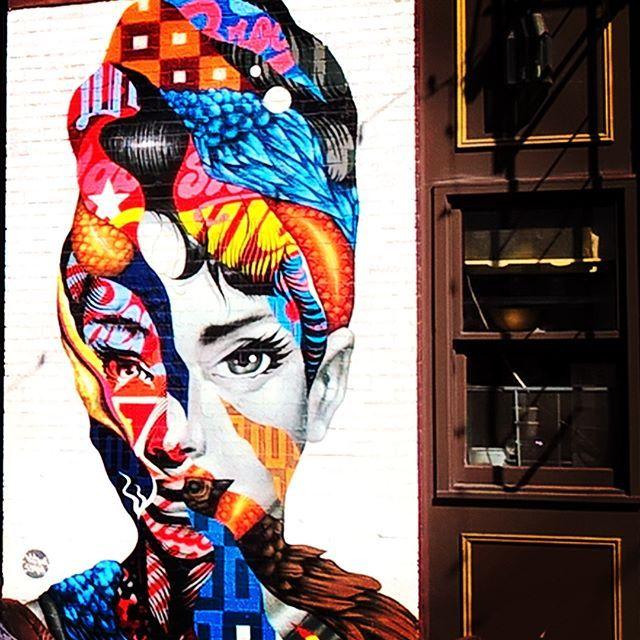 Little Italy #NY . . . #nycity #nyc #newyork #newyorkcity #littleitaly #america #usa #exploringtheglobe #exploring #explore #neverstop #travelgram #travelingram #traveling #travel #traveling #art #streetart