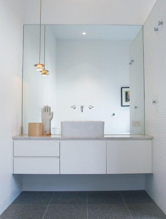 salle de bain; meuble et miroir