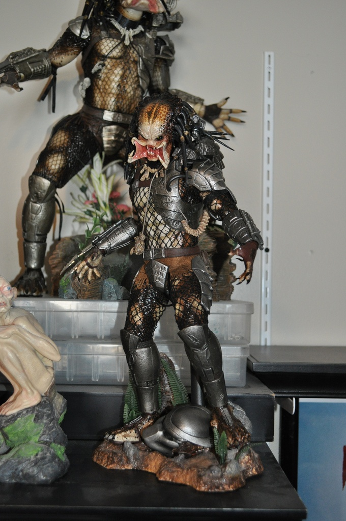 HOT TOYS CLASSIC PREDATOR | Movie Collectibles | Pinterest ...