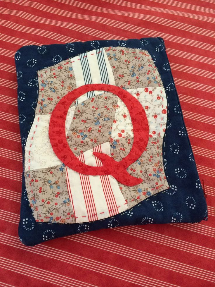 """Q"" block - link to pattern in blog post (different than photo)"