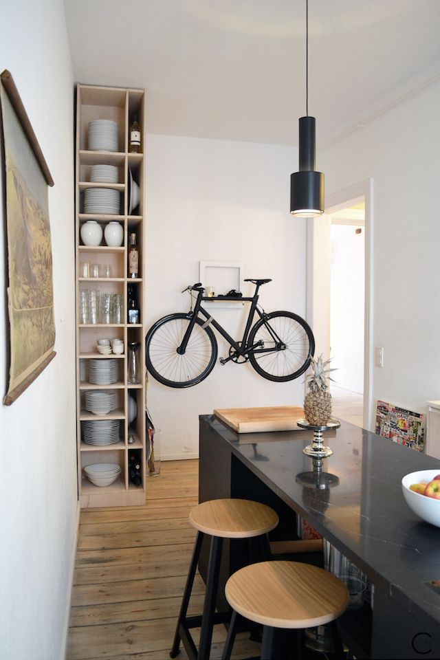 1000 ideas about bike storage apartment on pinterest for Interieur 51 berlin